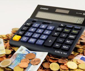 Faire racheter son crédit : haro sur le surendettement